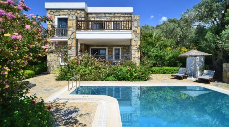 Turkish villa for Rent with Secluded Pool