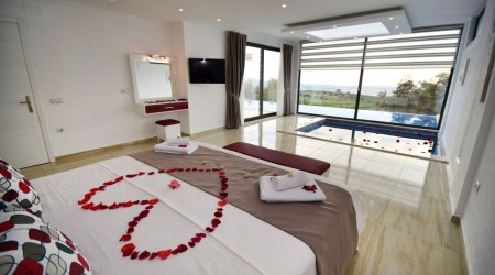 Honeymoon Villa  with Indoor Heated Pool